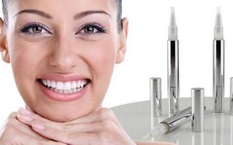 Dentes mais Brancos com um Branqueador Dentário por apenas 10,90€!