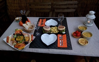 Super Lanche / Jantar para 2 pessoas por 17,50€ junto a Sete Rios!