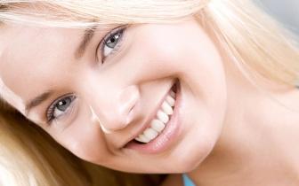6 Tratamentos de Lifting Facial por 29€ em Algés!