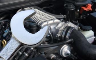 Cuide do seu carro: Mudança de Óleo + Carga de A/C + Lavagem por 59€ no Cacém!